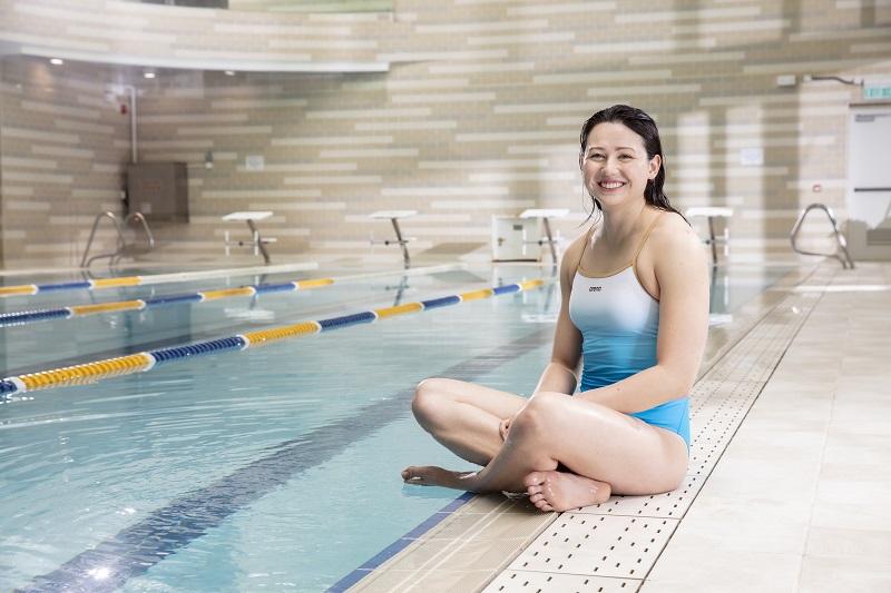 arena x 香港精英游泳運動員推出限量版泳衣 奧運A標泳手何詩蓓親自設計
