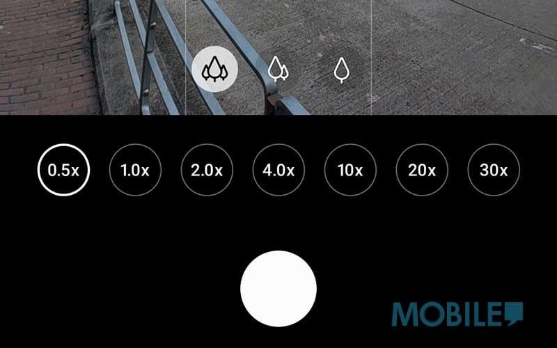 ▲ 具備由 0.5x、1.0x、2.0x、4.0x、10x、20x 跟 30x 共七組額外焦距切換