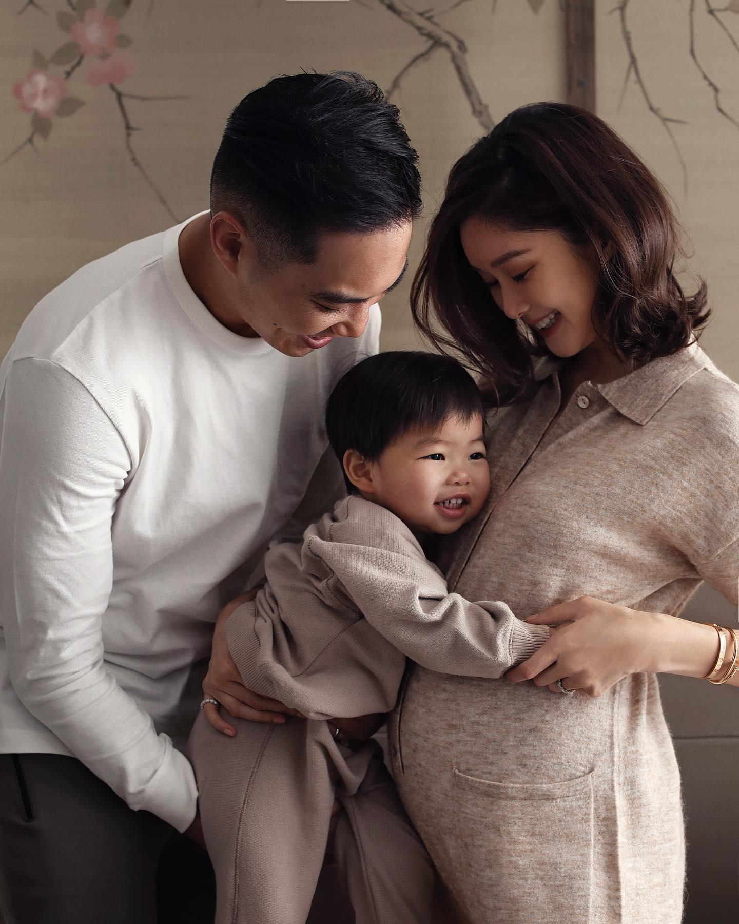 【三年抱兩】36歲岑麗香晒全家福 宣布懷二胎「小腰果」