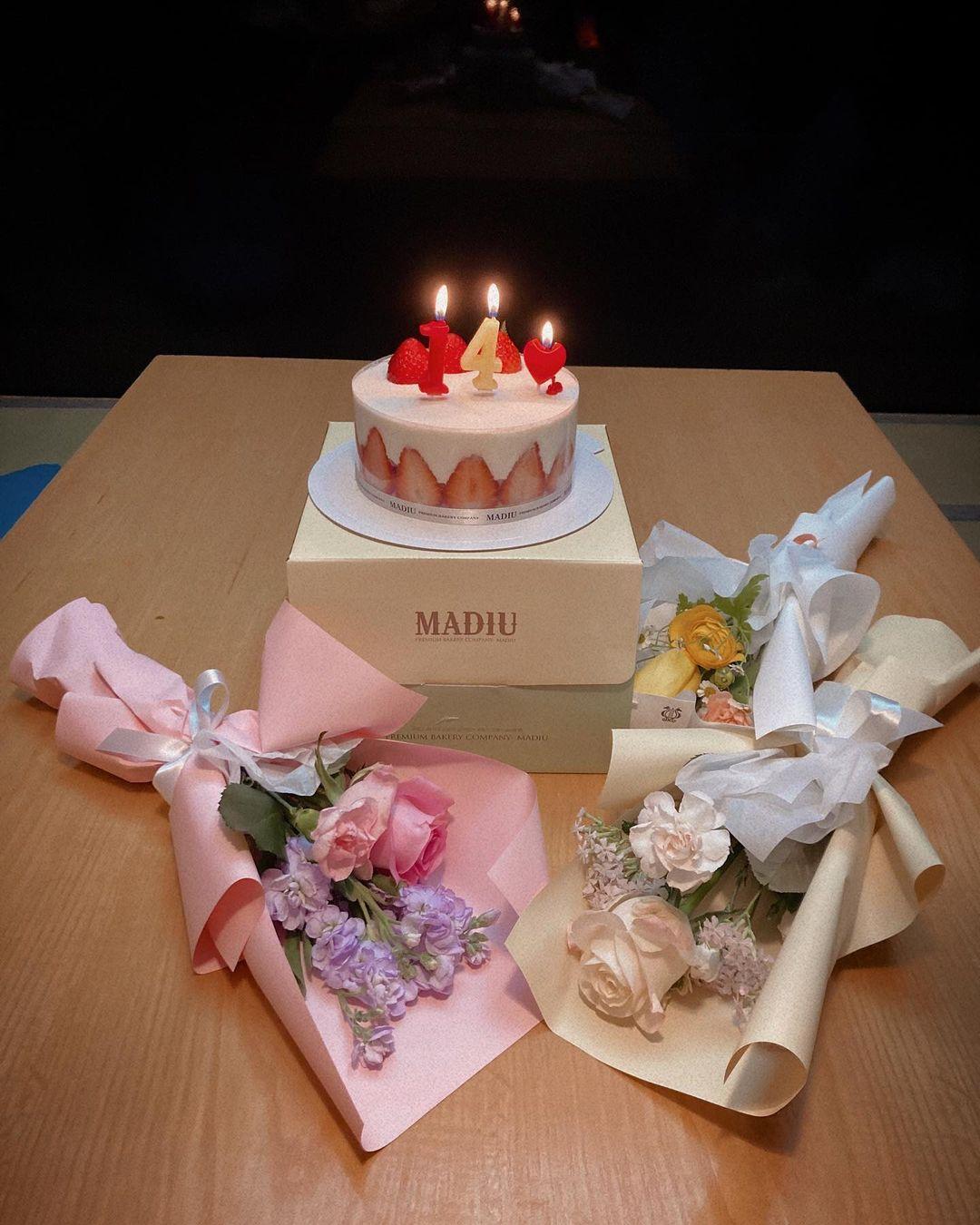 KARA第二代成員重聚 慶祝出道14週年