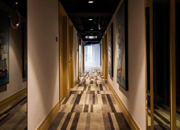 酒店內部設計充滿東方情調