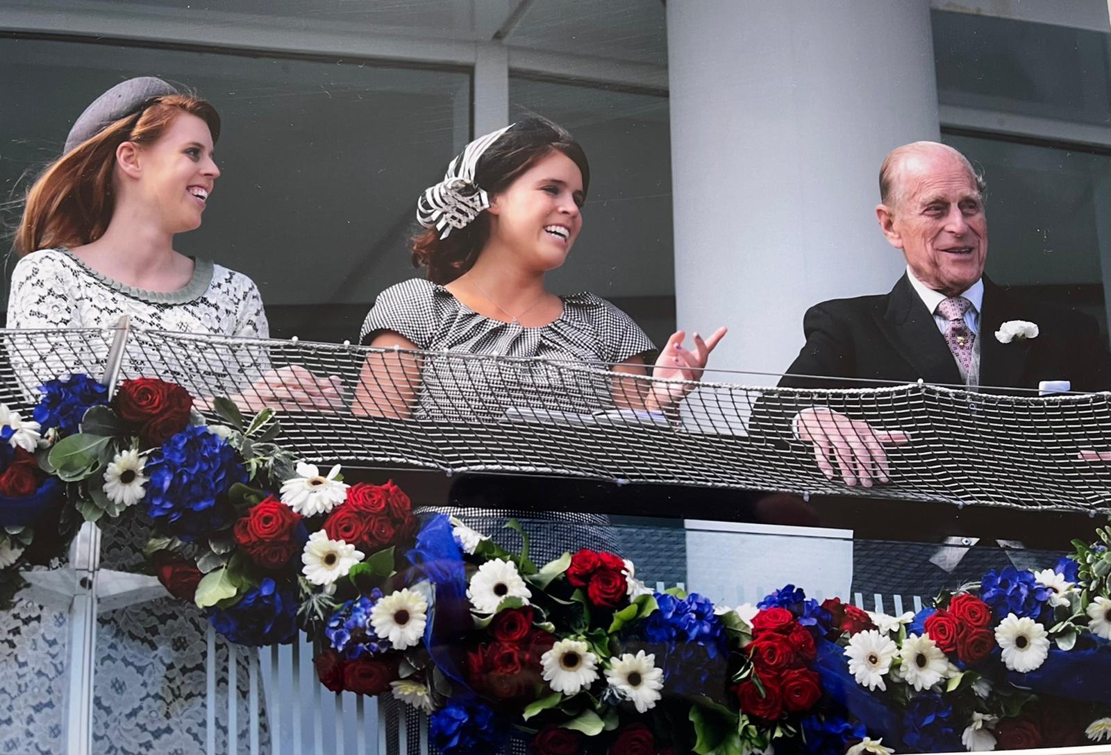 【菲臘親王逝世】英女王夫婦與七曾孫合照曝光 凱特操刀拍攝