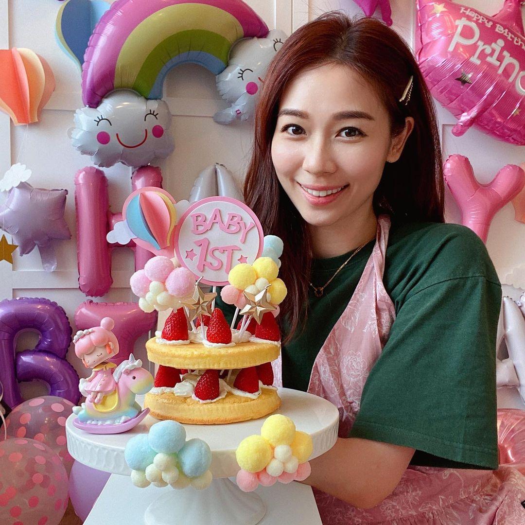 楊秀惠女兒一歲生日 親手整BB啱食無糖無牛油蛋糕