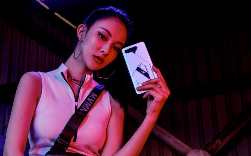 高達18GB RAM,ASUS 全球限量 ROG Phone 5 Ultimate 登陸香港!