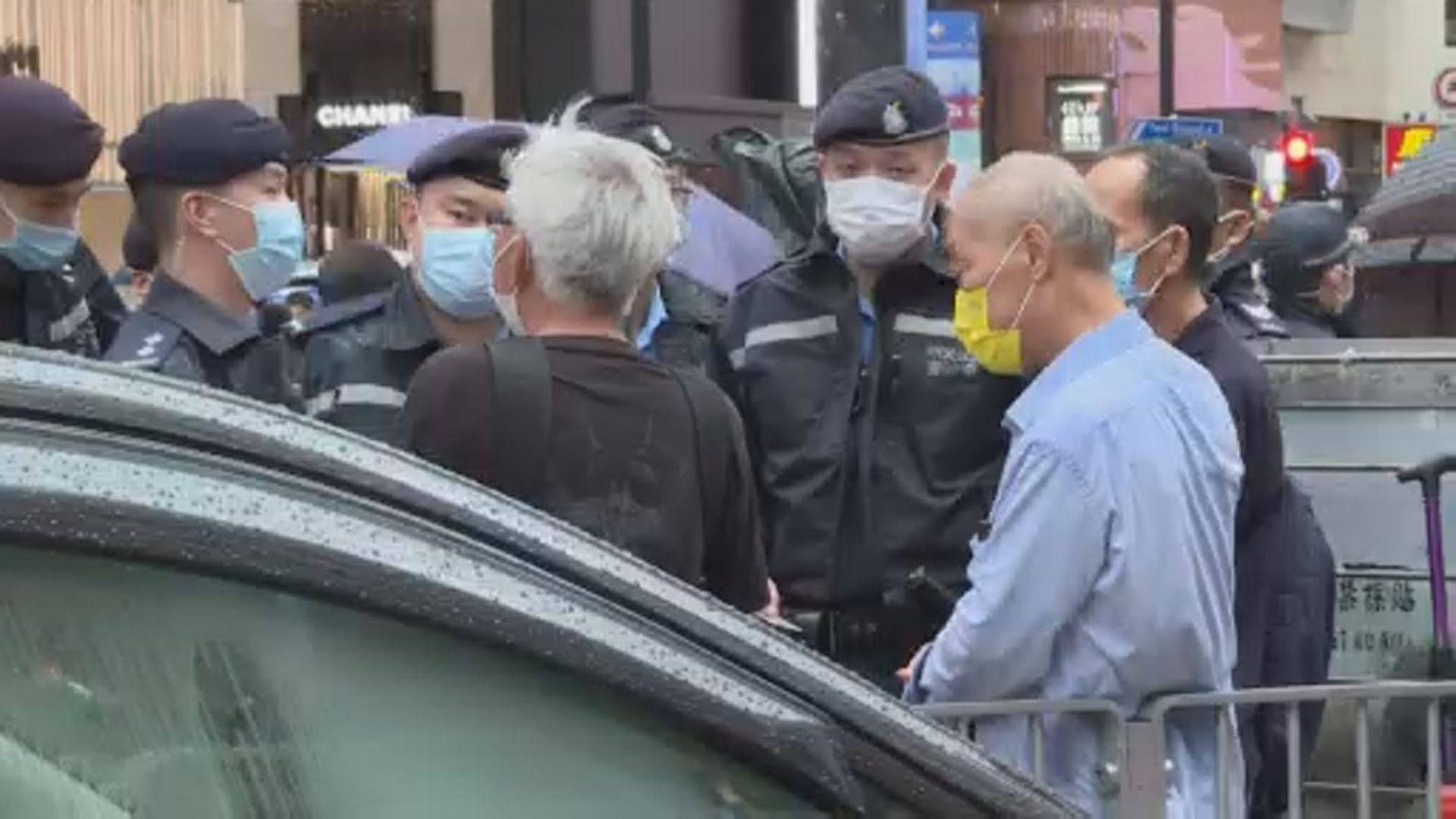 【612兩周年】警方在銅鑼灣及旺角截查多人 票控涉違反限聚令的團體