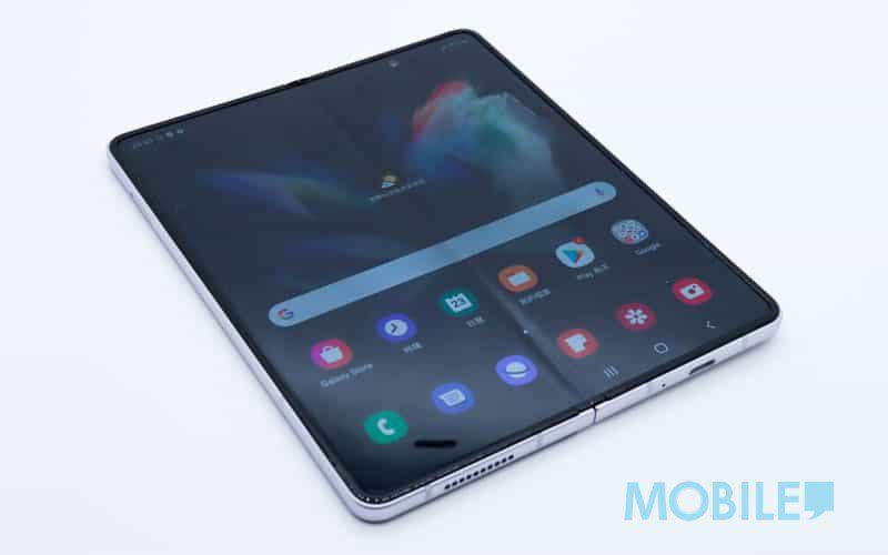 摺芒機都有屏下前鏡螢幕,Galaxy Z Fold3 實機睇