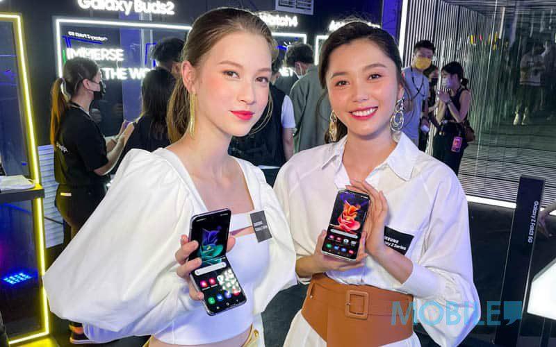 定價勁減 $4,700、外型表現繼續頂級,「真摺機」Galaxy Z Flip3 試相試效能