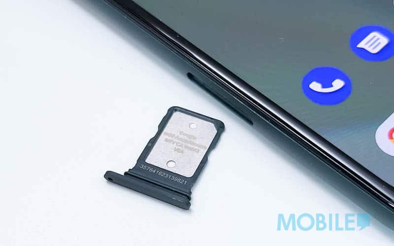 ▲ 只具單 Nano SIM 卡槽及不支援 Micro SD 擴充