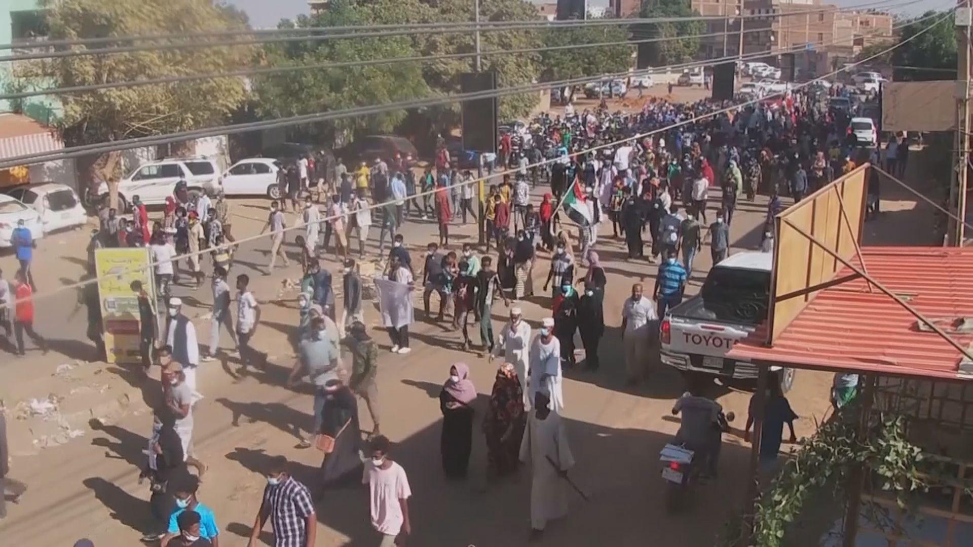 蘇丹繼續有反軍事政變示威