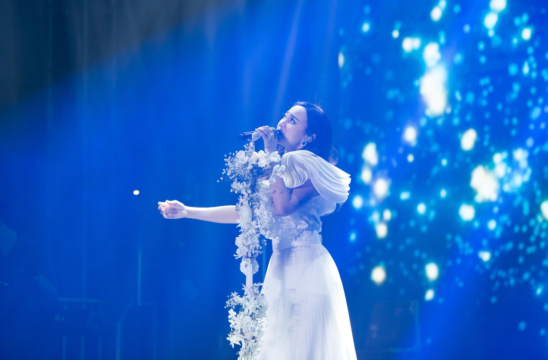 AGA首次廣州開唱全場爆滿 邀GinLee任嘉賓: 慶幸遇到這好友!