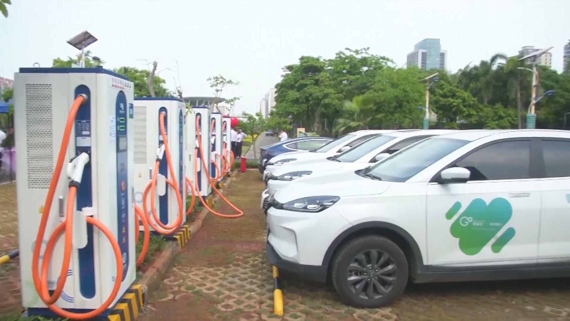 工信部:需要加大新能源車充電設施建設