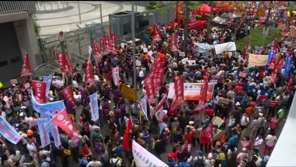 工聯會稱近2900人參與五一遊行