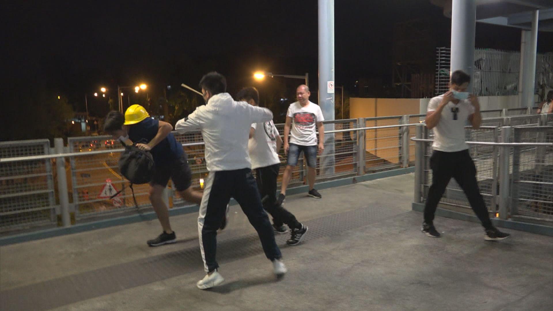 警拘一人涉參與721元朗暴動 據悉當天於站內穿黑衣