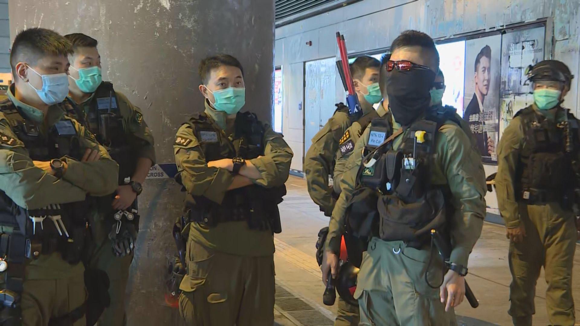 元朗721事件一周年 防暴警員在元朗站戒備