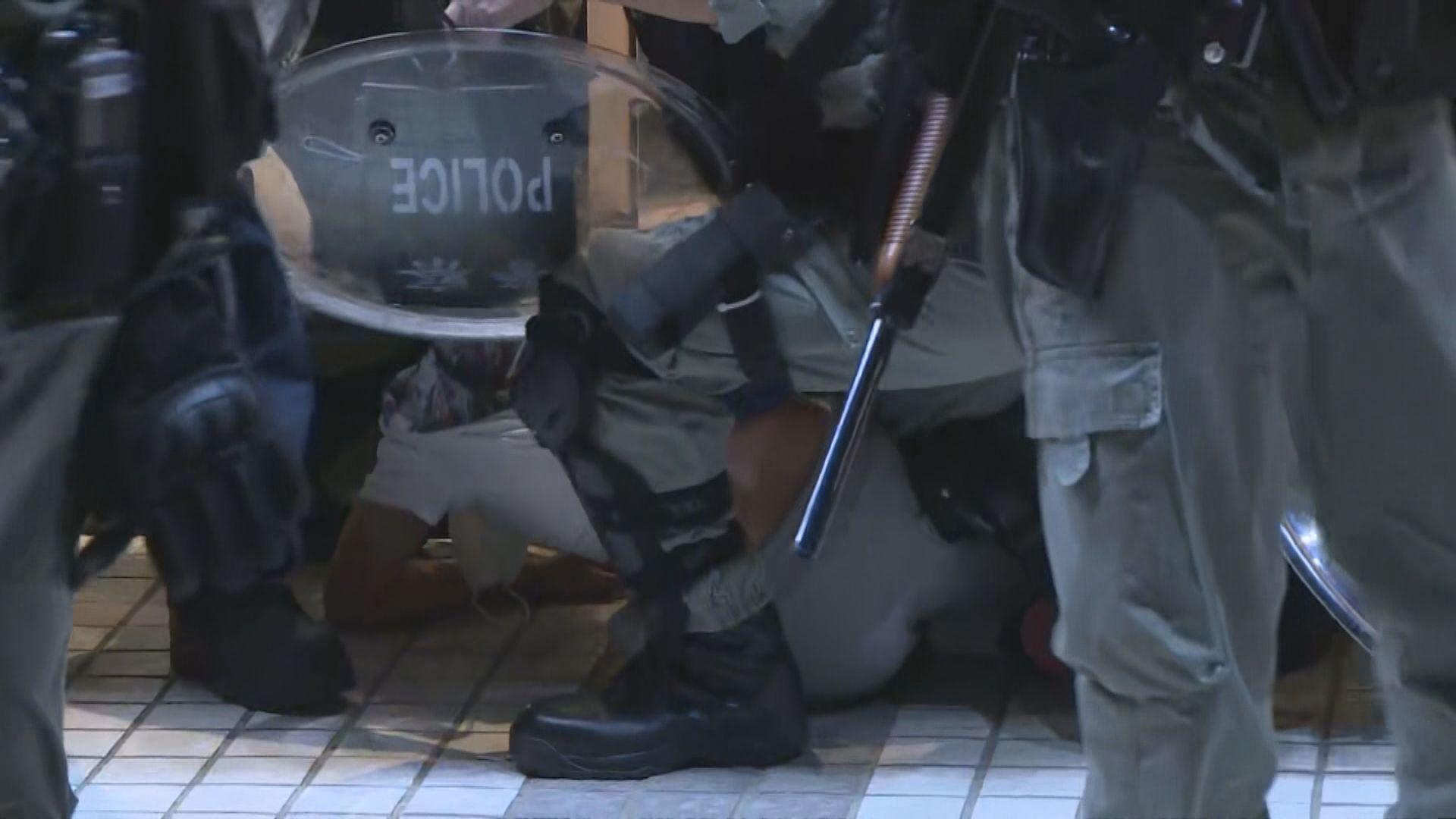 831事件紀念活動 警向多人發限聚令罰款告票