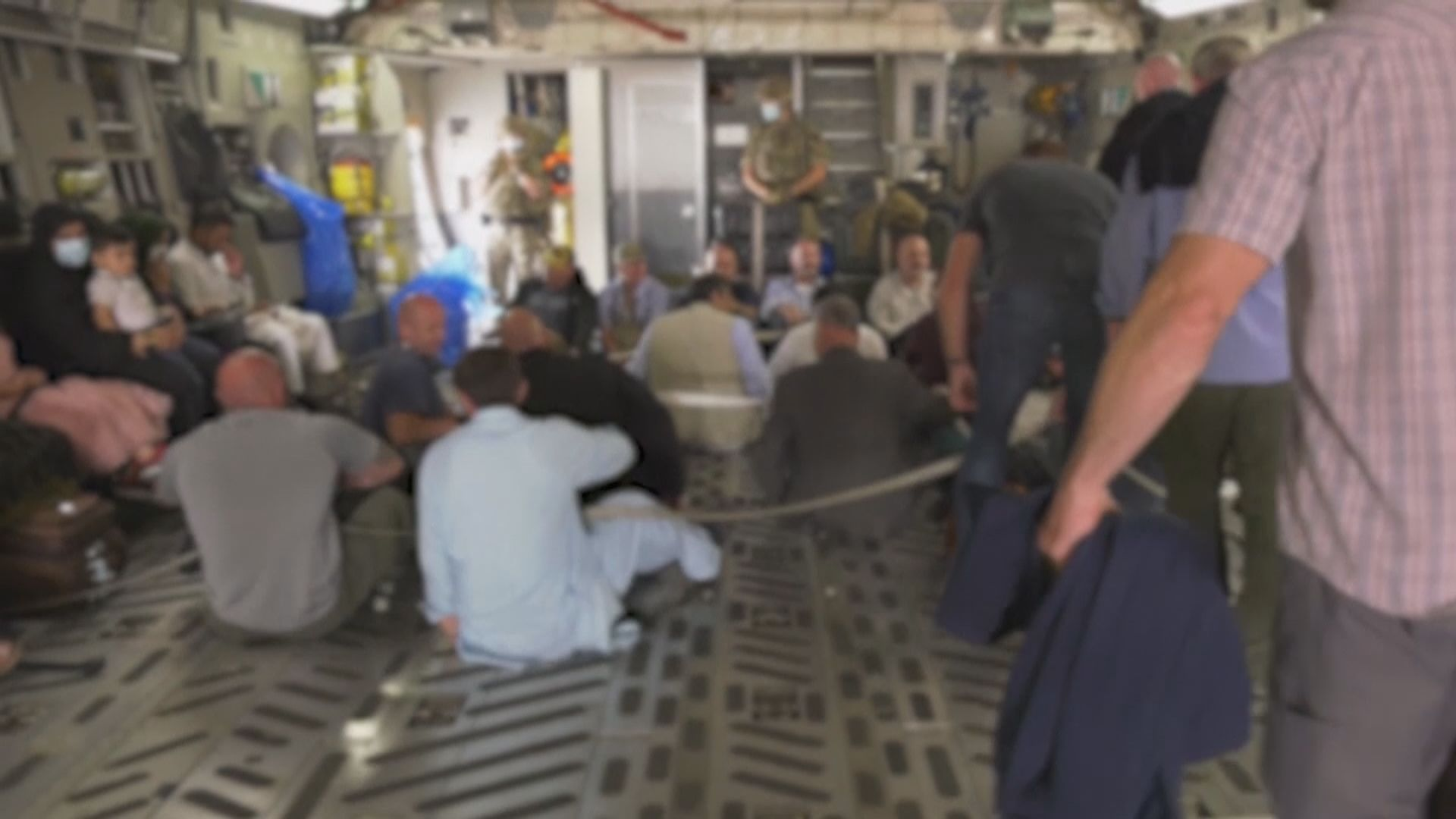 美承認仍有逾百美國公民滯留阿富汗