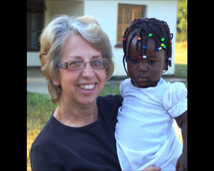 兩抵美伊波拉病人試用新藥治療