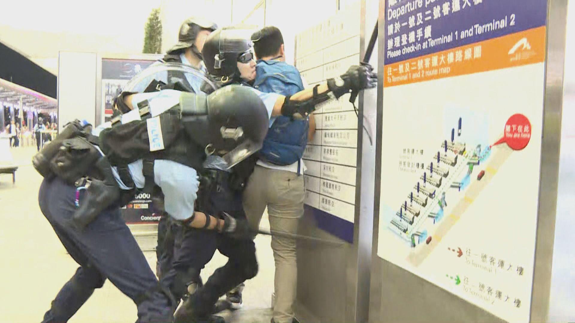 警方拘一人涉非法禁錮《環時》記者