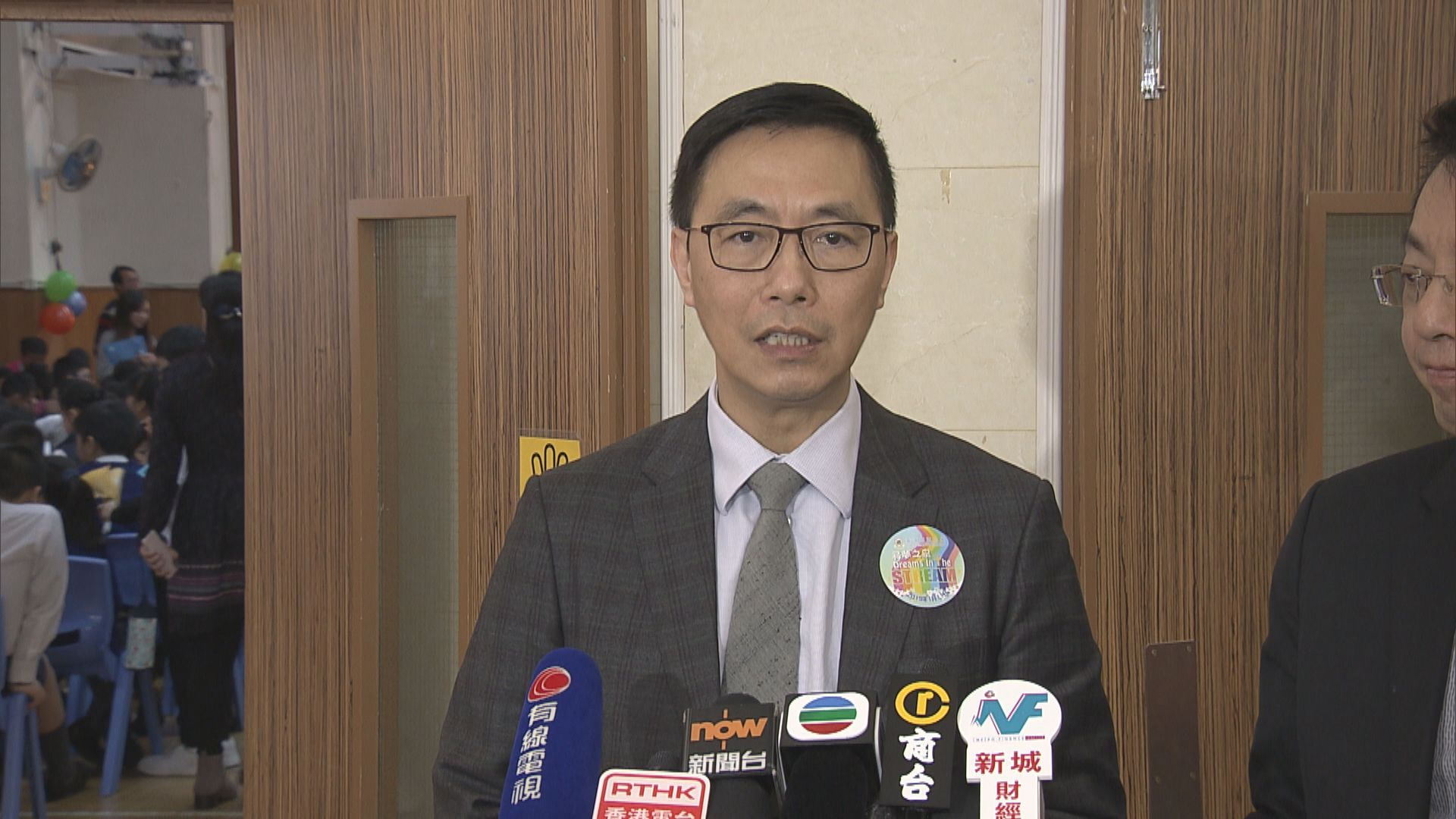楊潤雄:學生不尊重國歌由校方專業處理