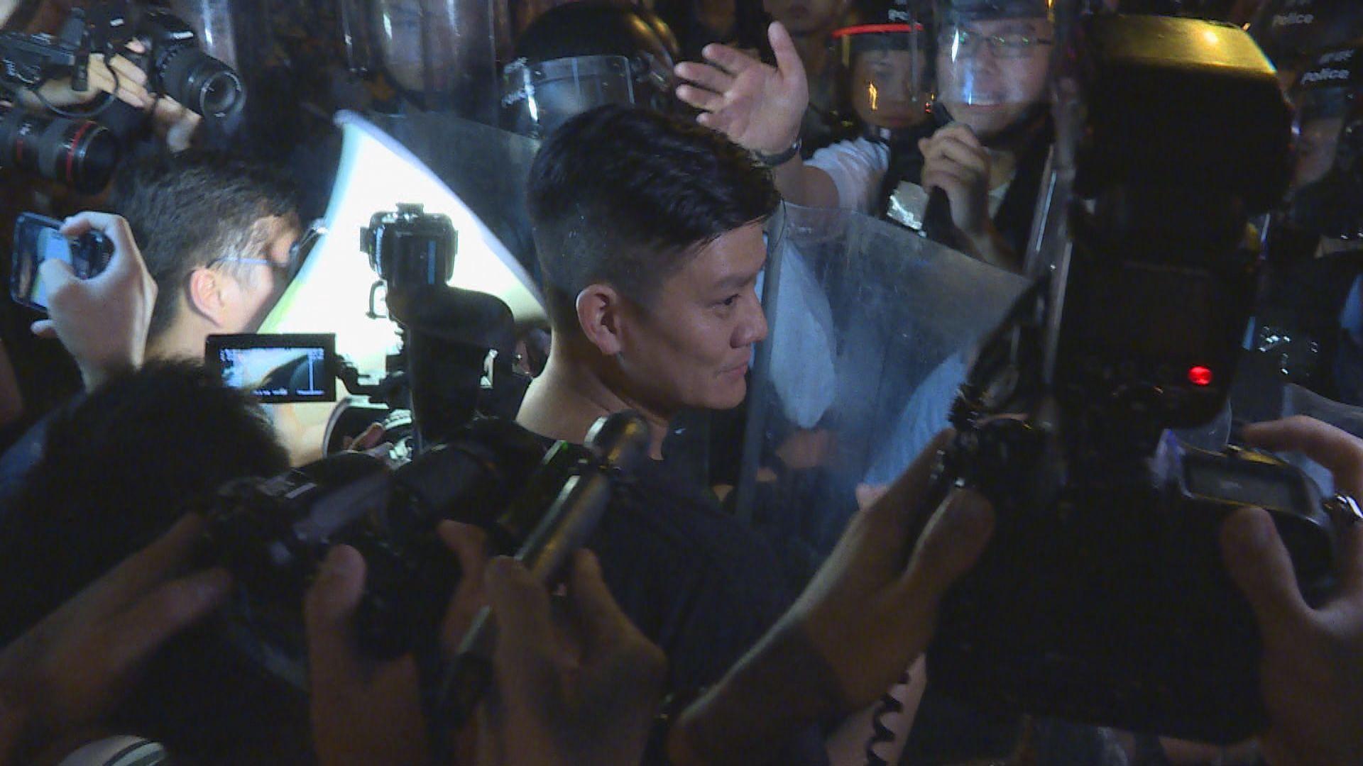 警方拘捕譚文豪涉阻差辦公