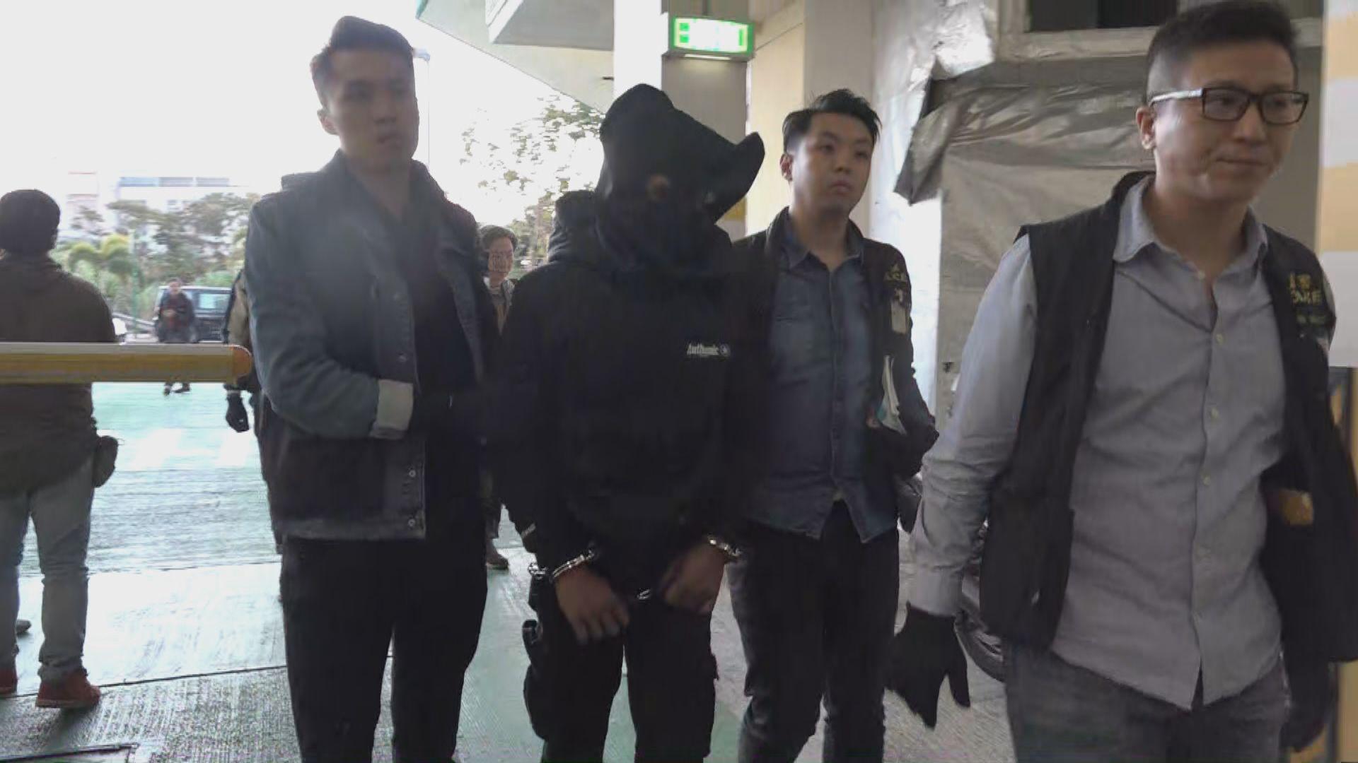警方拘捕三人涉企圖偷車及刑毀