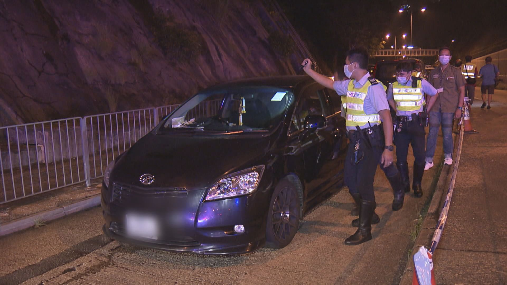 警長沙灣追截可疑車司機涉危駕被捕 未發現違禁物品
