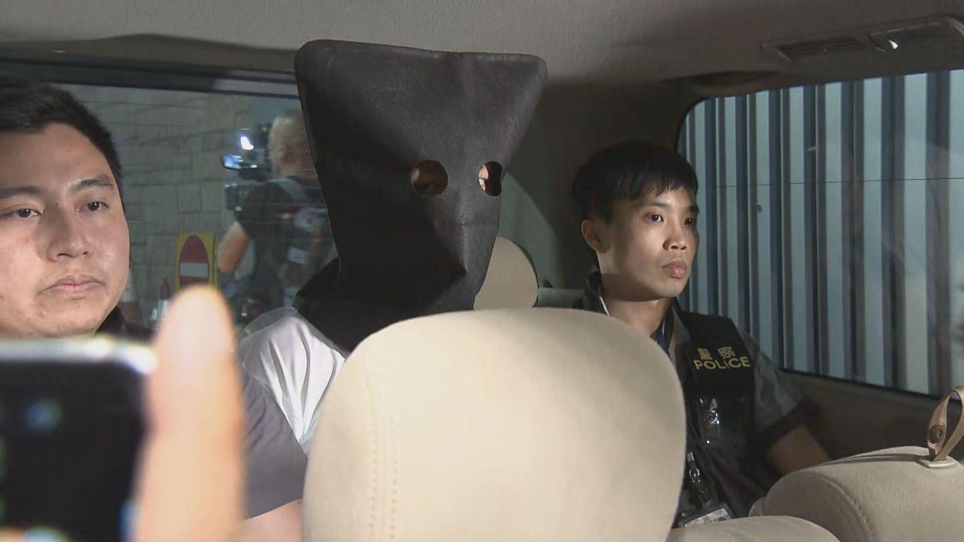 警拘兩人涉包圍警總期間刑事毀壞及襲警
