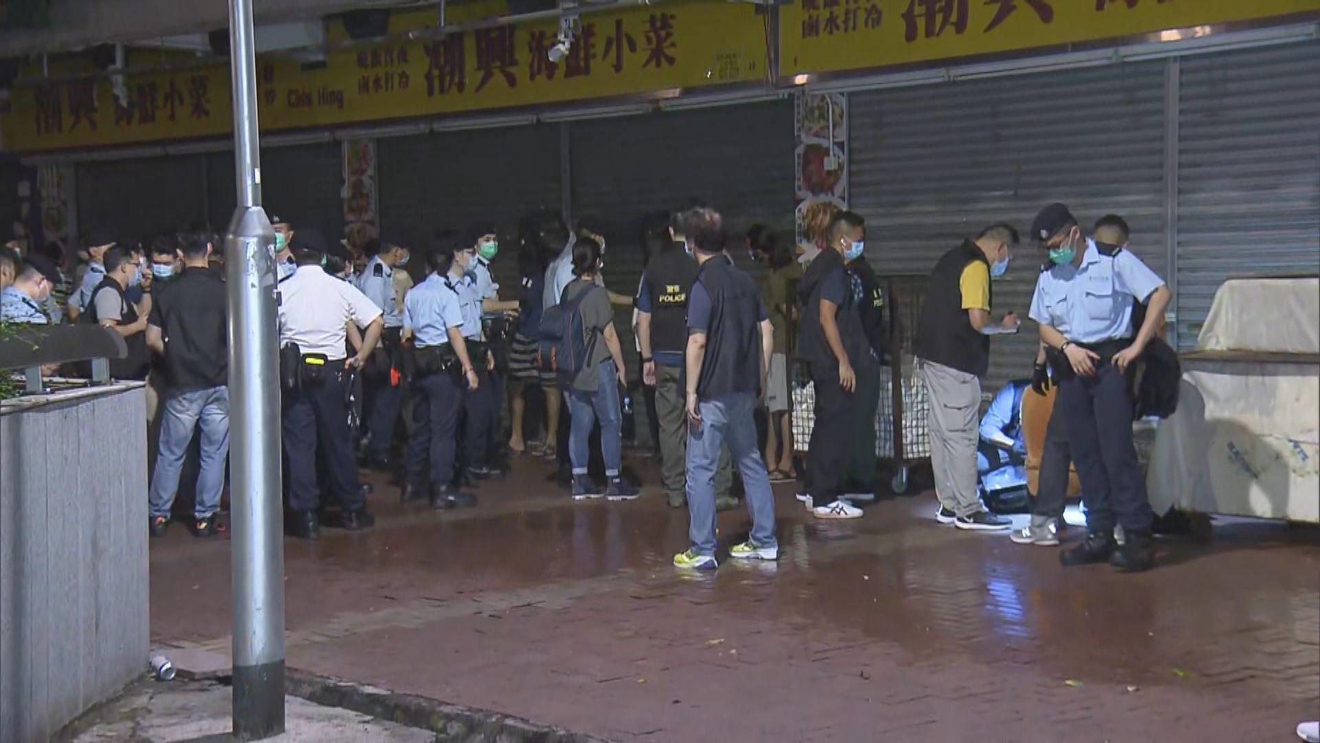 警方荃灣搗破非法賭場拘捕155人