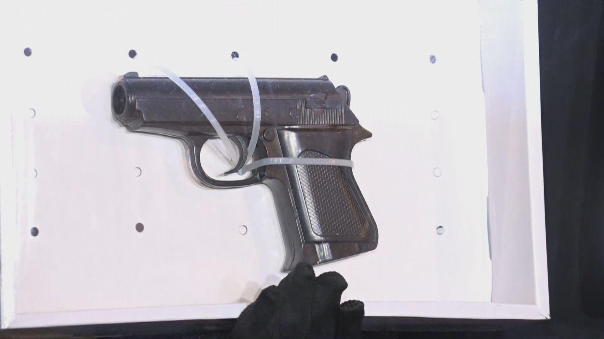 警方深水埗搗黑幫武器庫拘六人