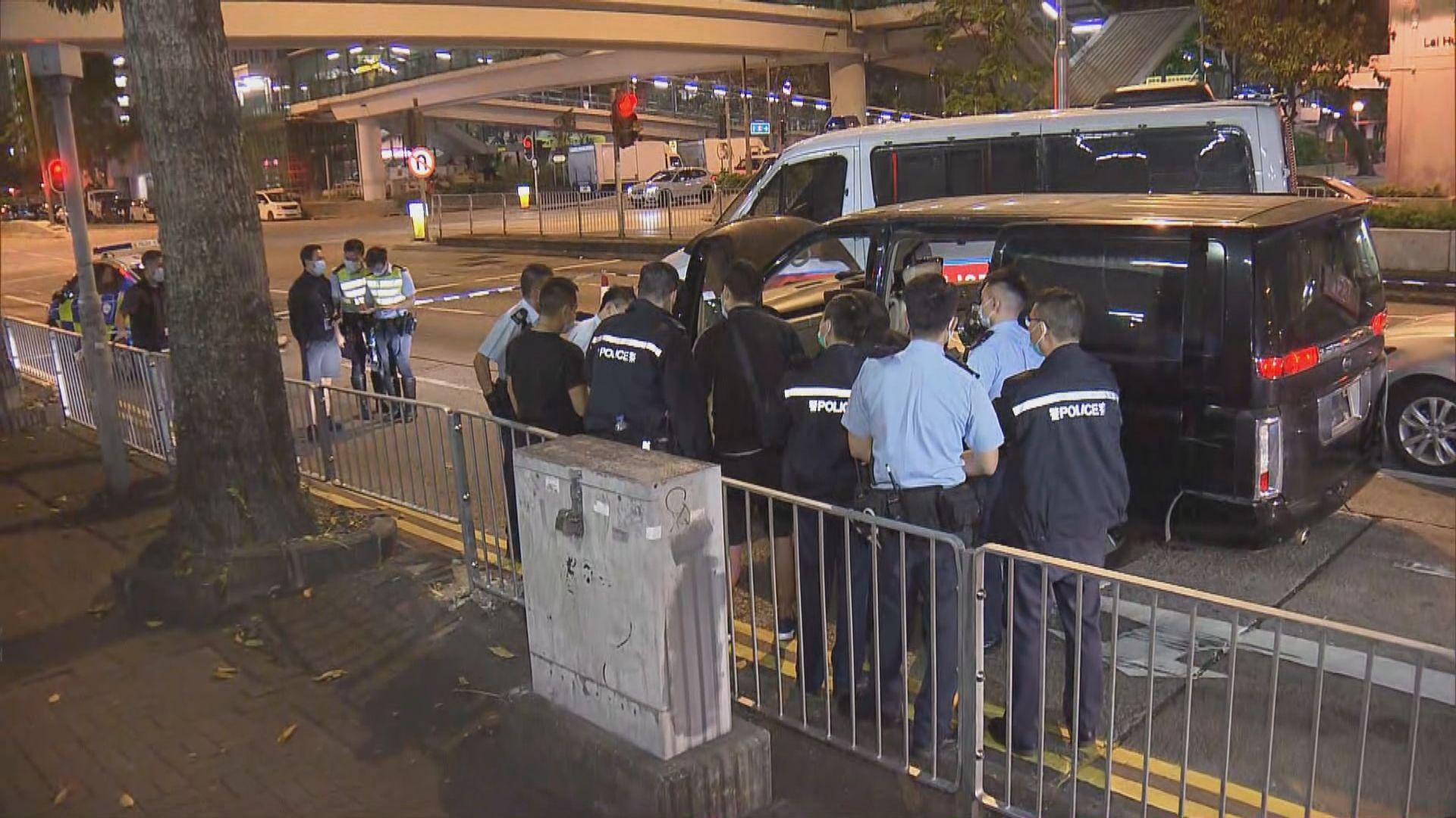 警深水埗拘兩非洲漢涉偷車