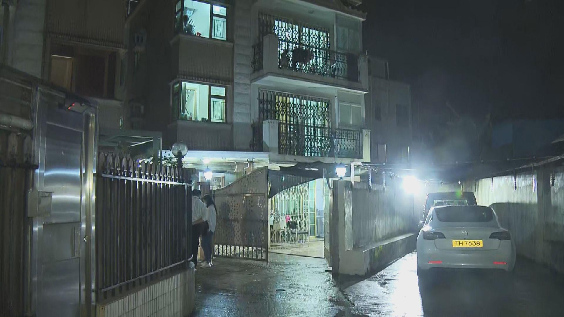 屯門獨立屋遭爆竊 警拔槍拘三賊
