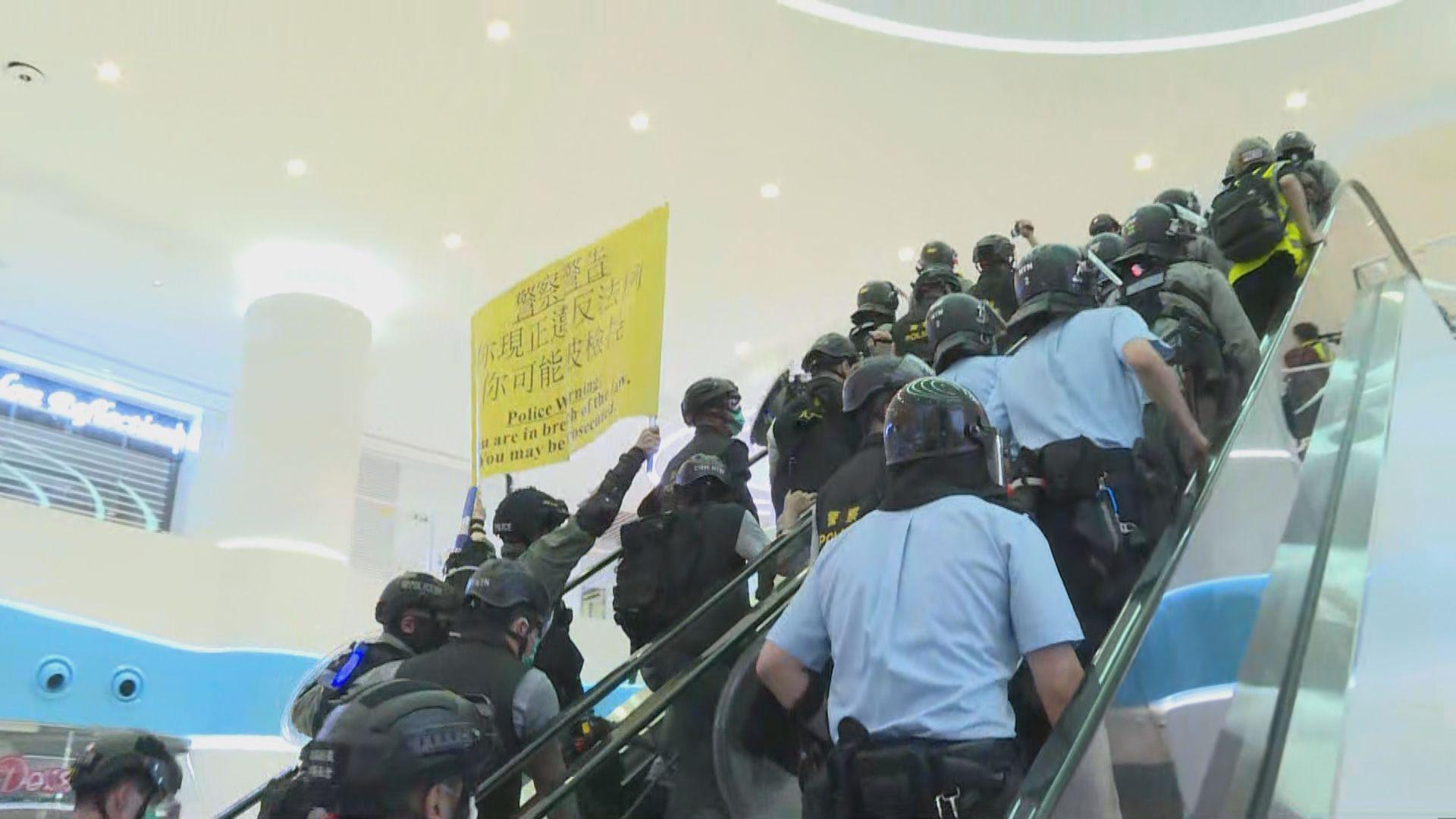上周三天水圍和你唱 三名男子涉非法集結及襲擊被捕