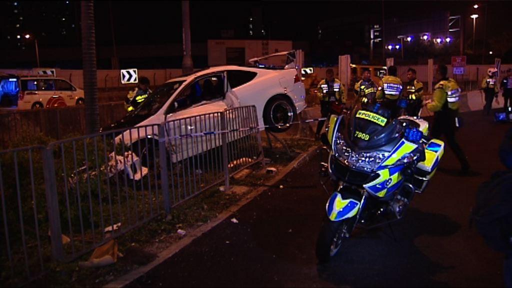 旺角私家車避警追截撞壆拘3人