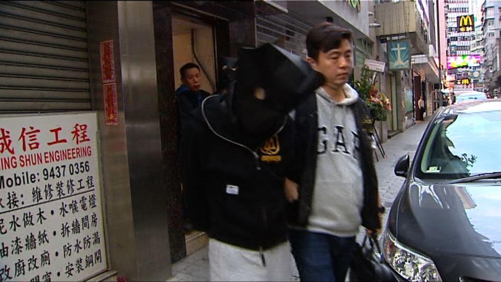 警方打擊無牌賣酒拘五男女