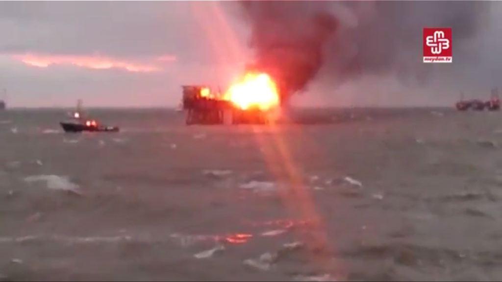 阿塞拜疆鑽油台大火逾30死