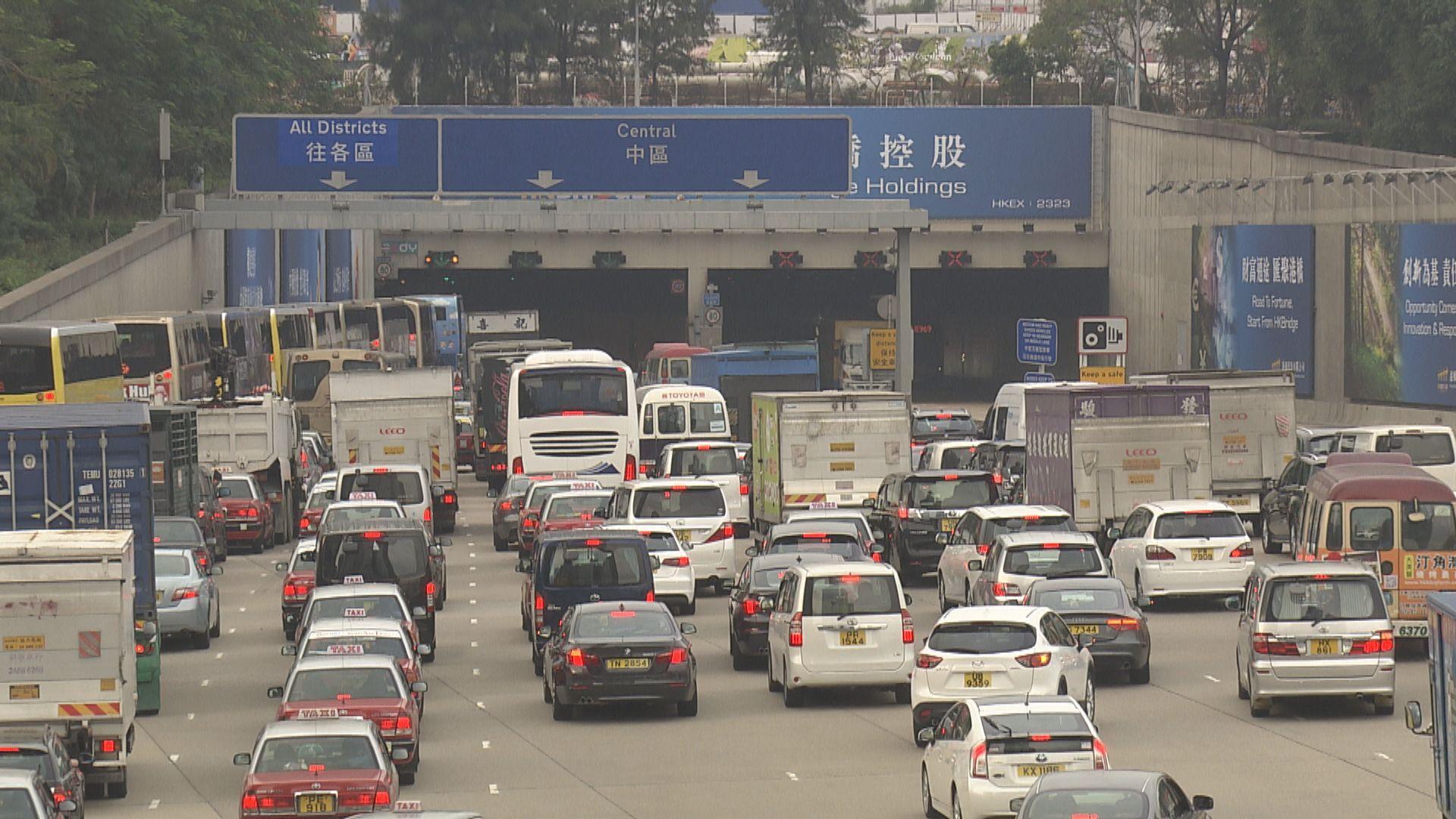 政府擬2035年前停止新登記燃油私家車