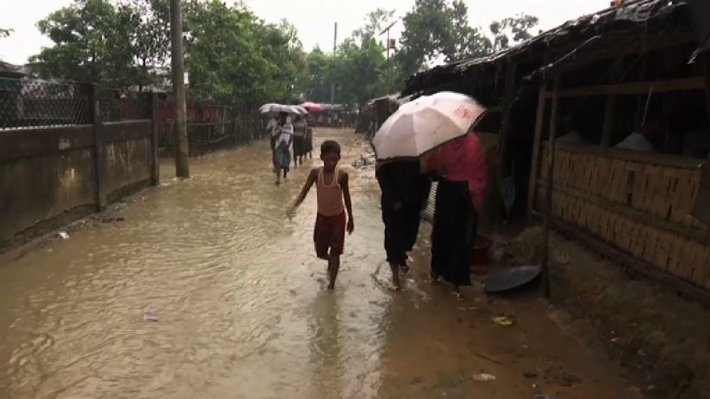 下雨令羅興亞難民棲身環境更惡劣
