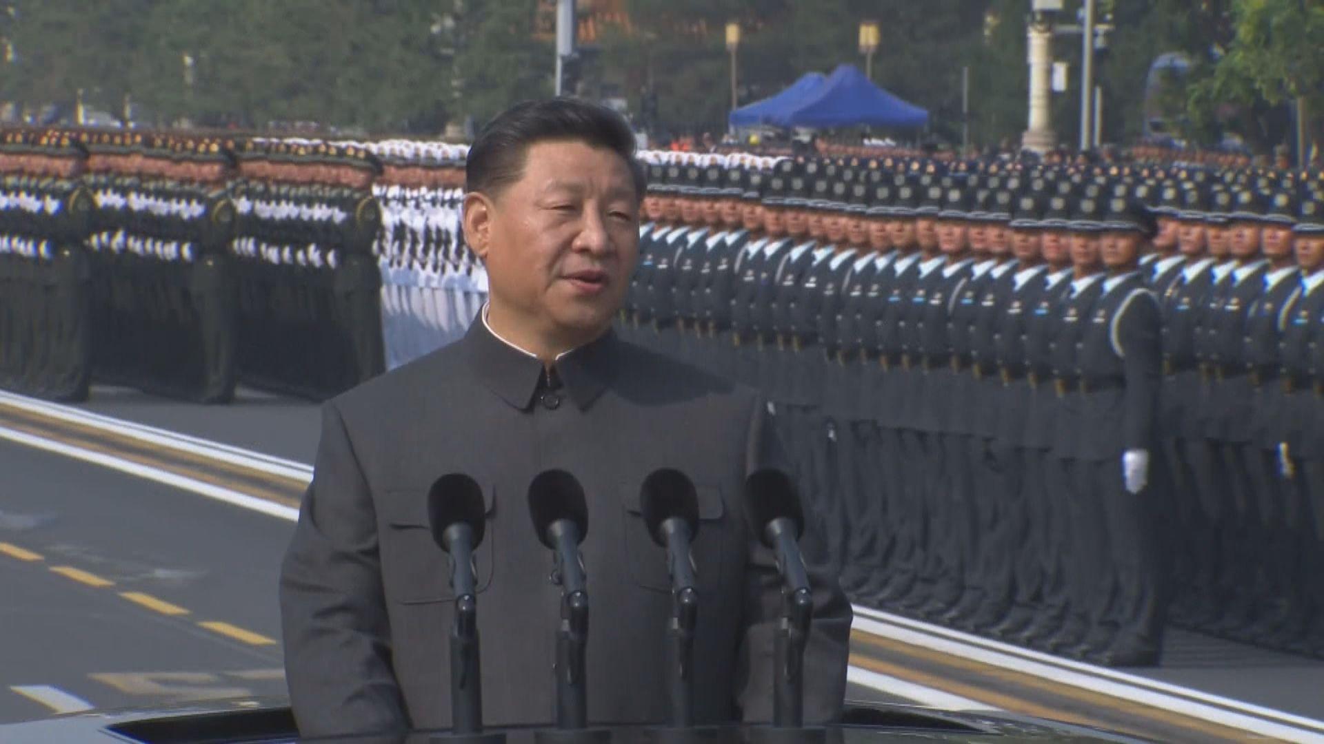 北京閱兵展示先進武器