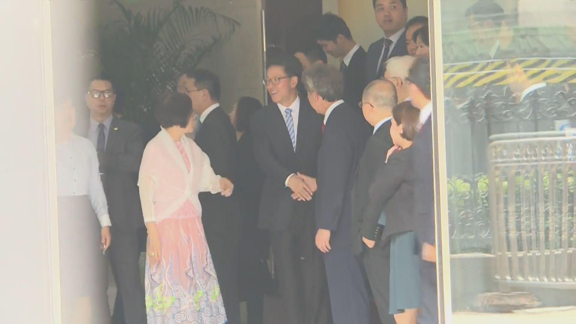 民主思路訪京拜訪港澳辦   與張曉明會面