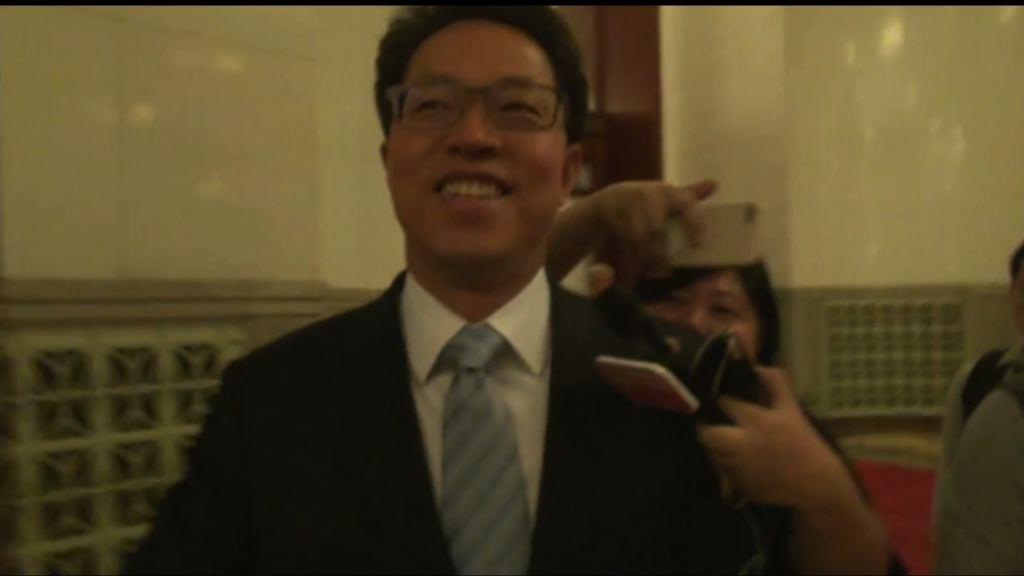 張曉明:香港不應爭論粵語是否港人母語