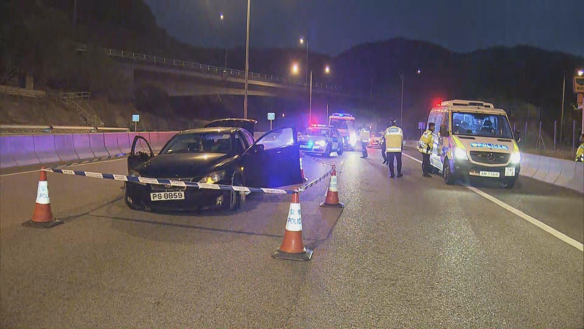 深井私家車衝警方路障 司機被捕