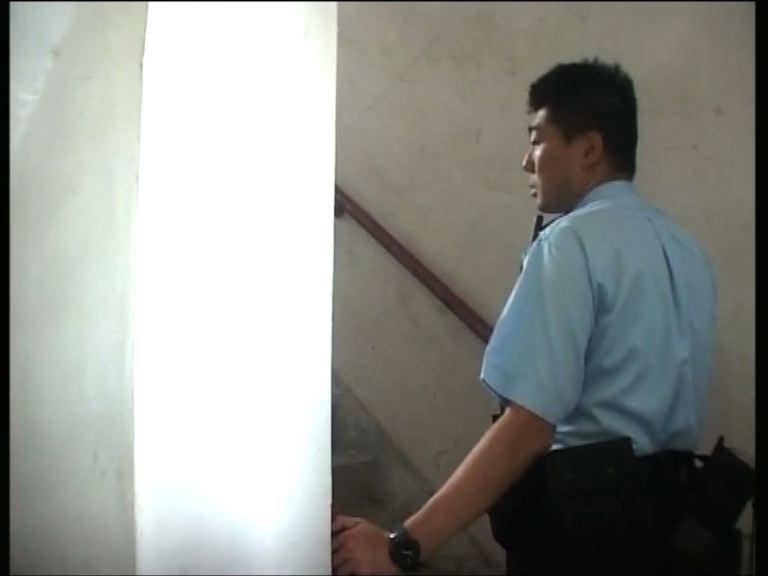 駿昇閣梯間倒斃男子身上有傷痕