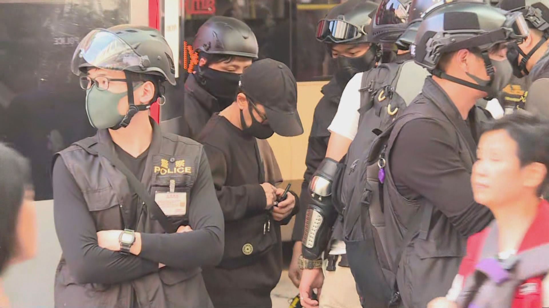 網民再號召在多區商場聚集 海港城有警員駐守