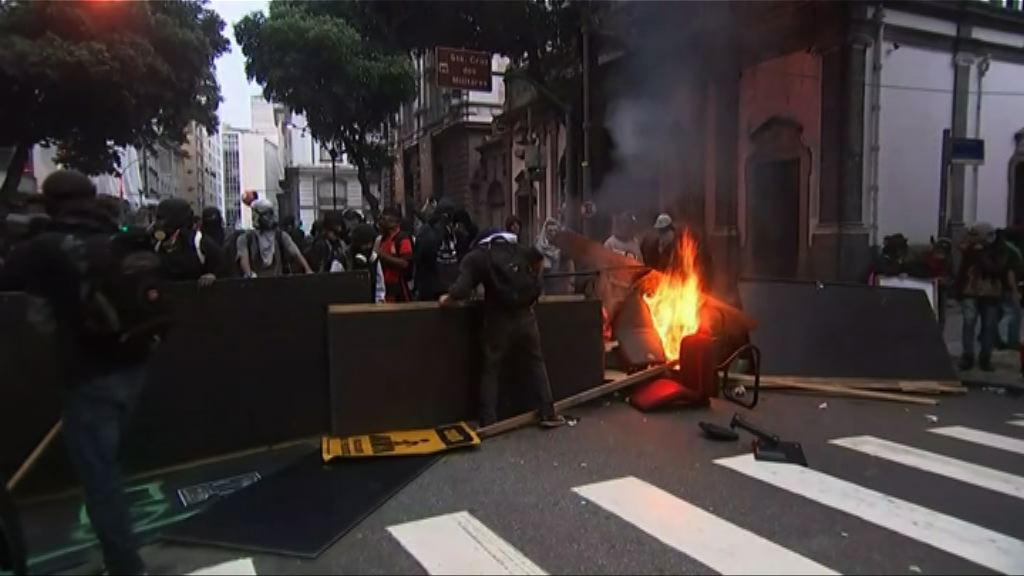 巴西全國大罷工 示威演變成衝突
