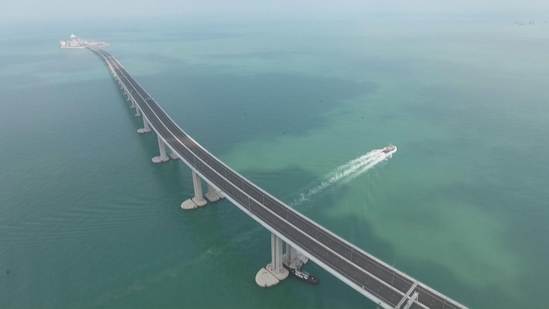 路政署將向港珠澳大橋承建商追討230萬