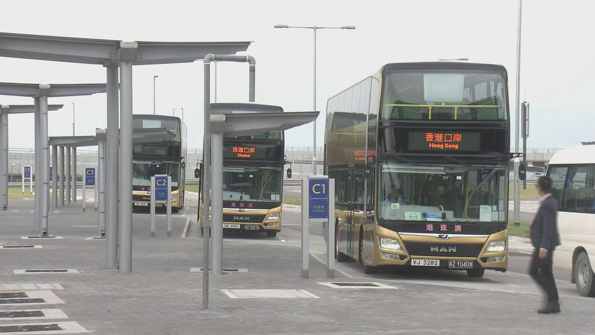 運輸署設三條新專營巴士綫連接香港口岸至東涌及機場