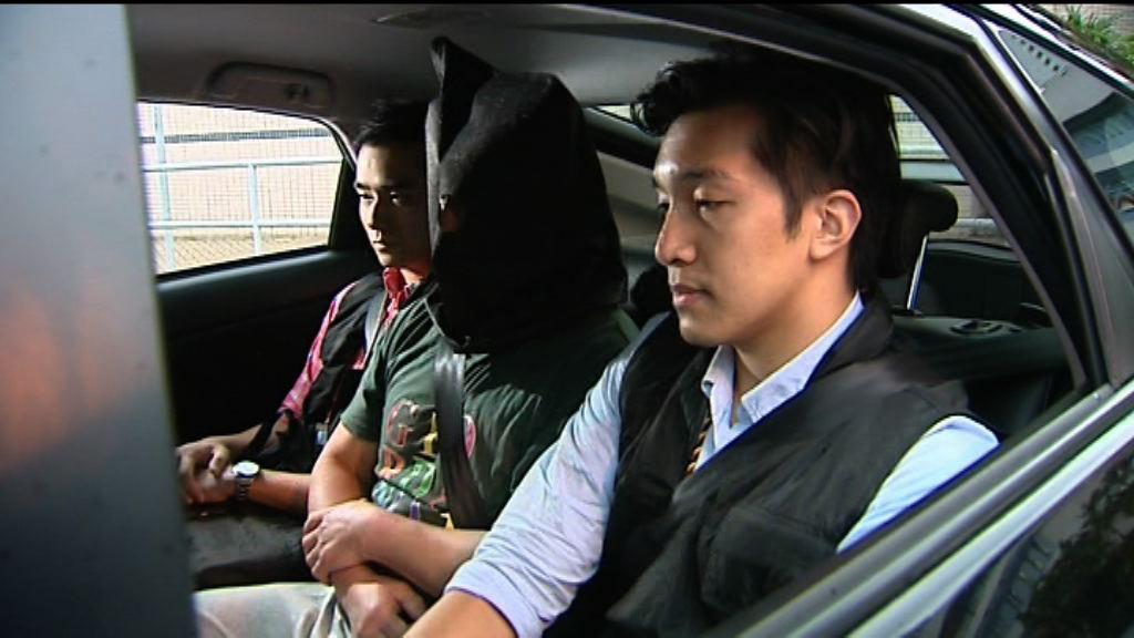 警拘一男子涉東涌爆竊案 起回9幅字畫