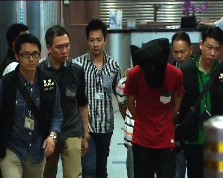 四男子疑涉多宗工廈爆竊案被捕