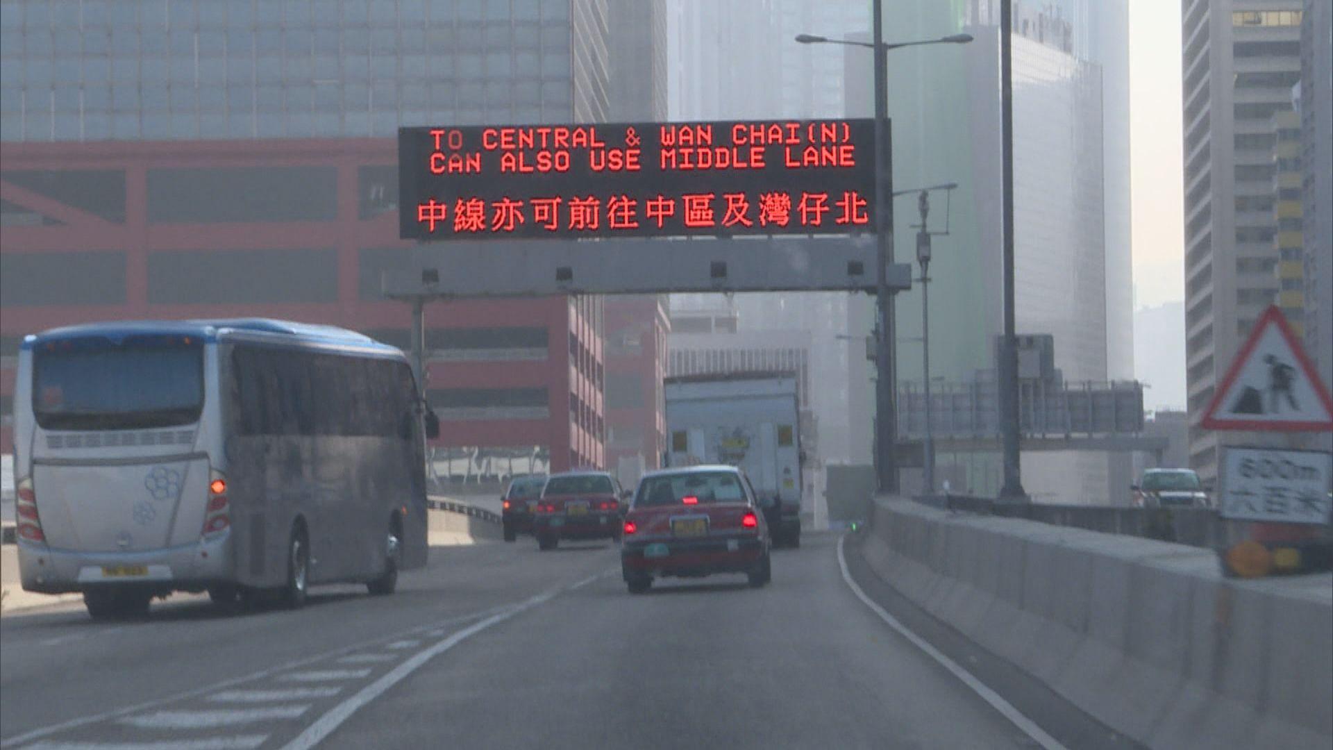 運輸署增設繞道路牌 有司機認為有幫助