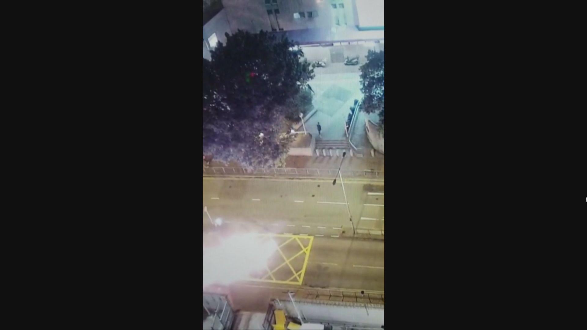 18歲運輸工人向葵涌警署擲汽油彈判囚46個月